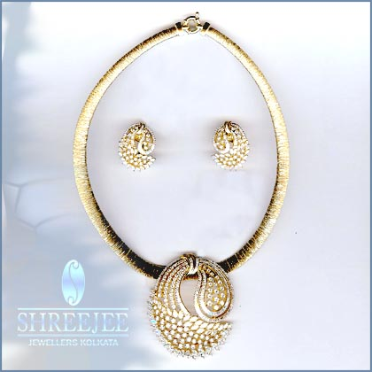 diamond jewelry medallion product necklace pendant sonia watches tdw bitton free shipping designer